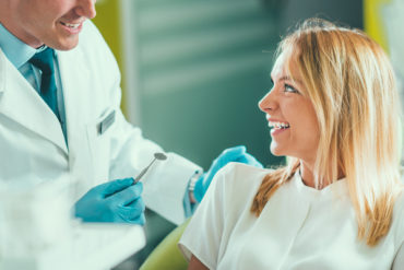 Tooth Extraction in Yonge and Eglinton